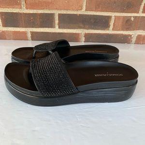 Donald J. Pliner platform thong slip on sandals